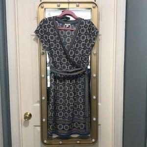 NWOT NEVER WORN Max Studio print wrap dress